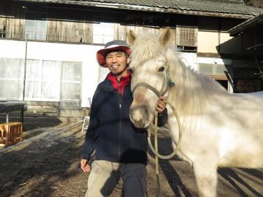 馬とふれあい心も体も豊かに 三陸駒舎を訪ねて